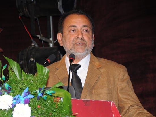 Dr Aaditya Lunavat